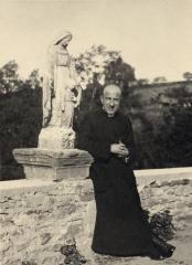 Marthe Robin,stigmate,Christ,diable,Padre Pio,Guitton,Lucifer,hystérie,Thérèse de Lisieux